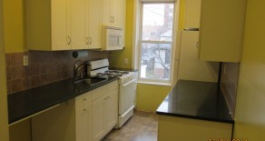 $2100 -GORGEOUS 2 BR , LR ,DR , EIK ,  OFFICE SPACE , LOCATED IN KENSINGTON
