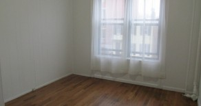 Spacious 3 BR. , EIK. , LR, LOCATED IN PARK SLOPE