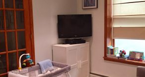 Beautiful 1 br , kitchen, community deck , laundry room located in Park slope