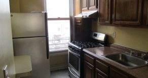 2 large 2 bedrooms , lr , kitchen , hardwood fl. in kensington