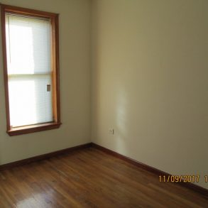 NO FEE Beautiful 2 bedrooms , living room , kitchen , closets located in kensington