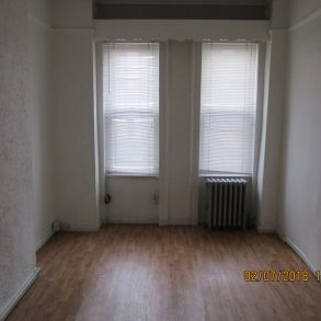 Large 2 bedroom , living/dining room , eat in kitchen located in South slope