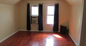 Beautiful 2 bedroom , living room , kitchen located in Kensington