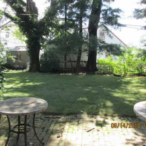 1 family split level ( 4 levels) one of a kind 60 x 100 sq. ft.  lot located in New Hyde Park in Queens