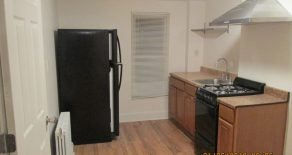 Beautful renovated 1 bedroom , eat in kitchen , hardwood fl. located near2prospect park in Windsor Terrace