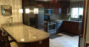 BEAUTIFUL 4 BR. DUPLEX, BACKYARD, PATIO, GORGEOUS STAINLESS STEEL KITCHEN IN GREENWOOD HEIGHTS